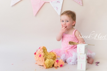 Newborn Photography By Sarah Hart Photography 187 Cake Smash