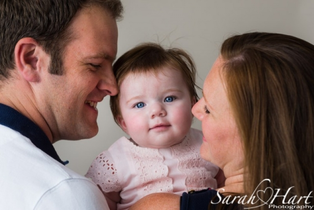 Family portrait, new family pictures, bemused look, portraits taken in Tonbridge, Tunbridge Wells, Sevenoaks