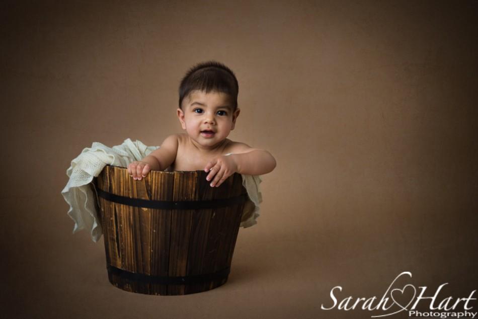 Baby in a bucket, sitting up babies, baby pictures, studio in Tonbridge, Tunbridge Wells