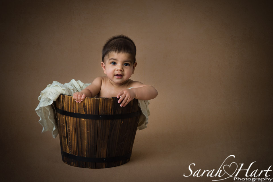 Baby in a bucket, sitting up babies, baby pictures, studio in Tonbridge, Tunbridge Wells