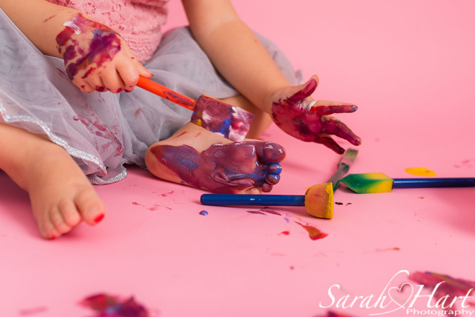 a little painter's photo session, tunbridge wells cake smash
