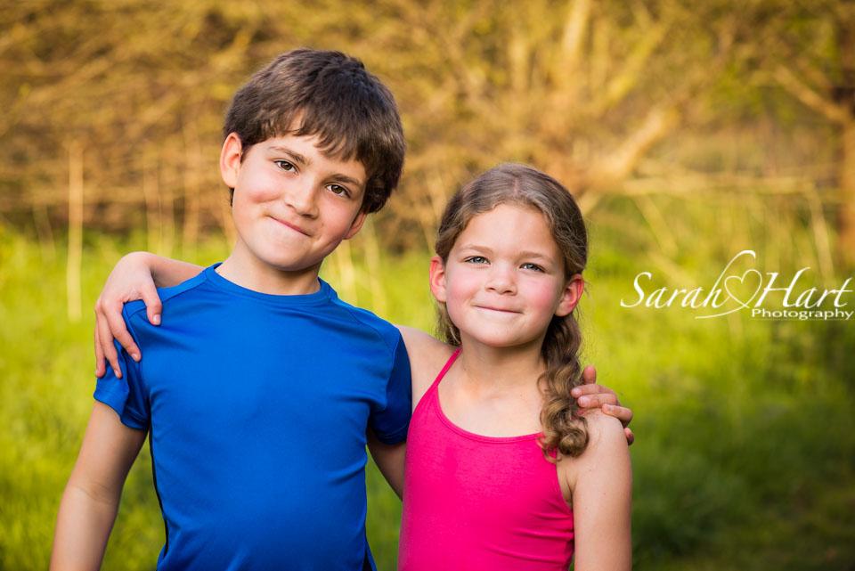 Sibling photographs, Tonbridge, Maidstone photographer
