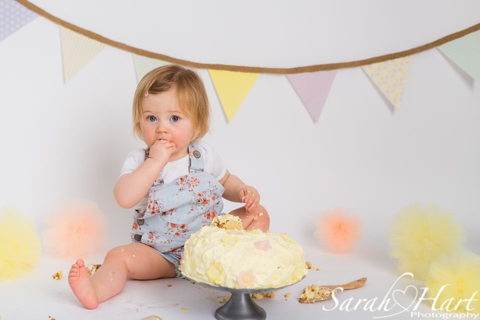 1st birthday cake time, pastel bunting and pom poms, Sarah Hart images, Kent