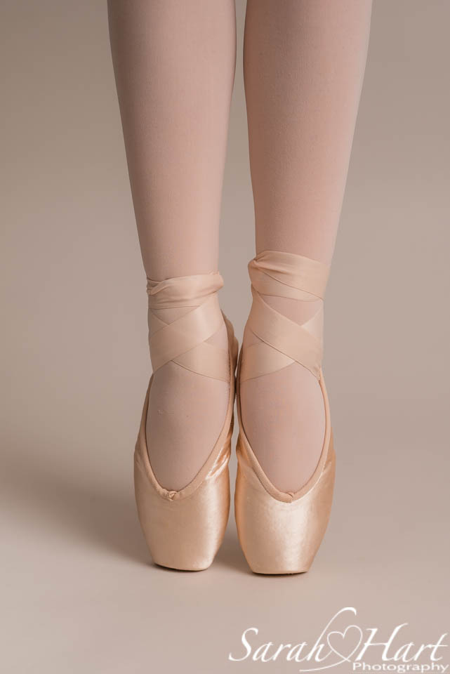 ballet shoes, enpointe, image taken at Sarah Hart Photography studio