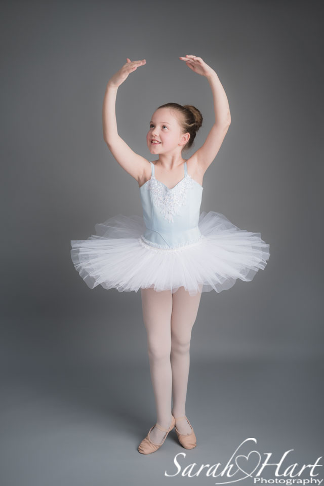 young ballet dancer in releve 5th position, Tonbridge dance photographer