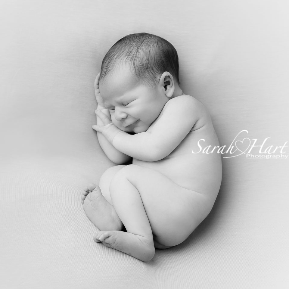 experienced newborn photographer in sevenoaks, tonbridge