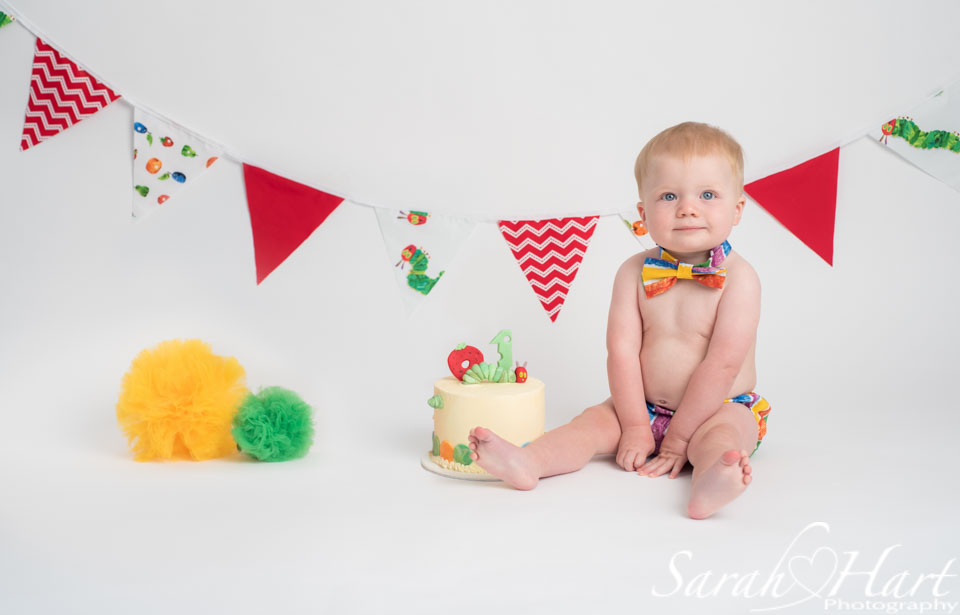 baby photos sevenoaks, hungry caterpillar theme, cake smash