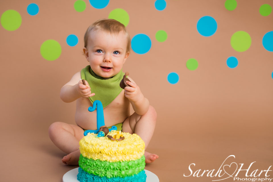 1st birthday portraits, Tonbridge photographer, Kent Cake Smash