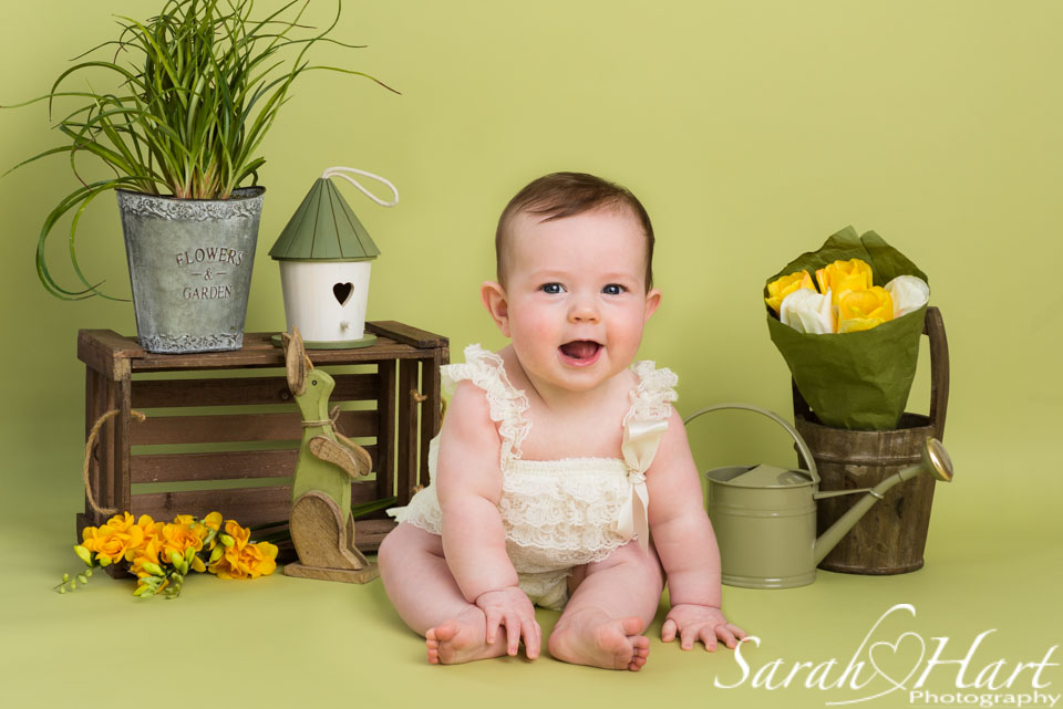 Spring theme mini sessions, baby photographer near me