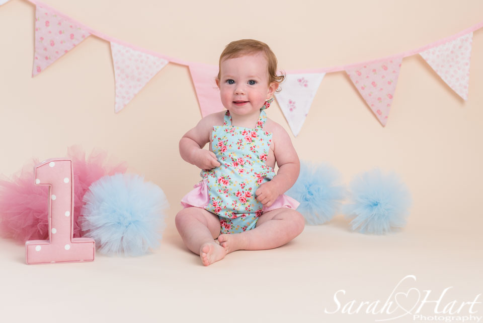 cake smash romper, first birthday portraits, Kent photographer