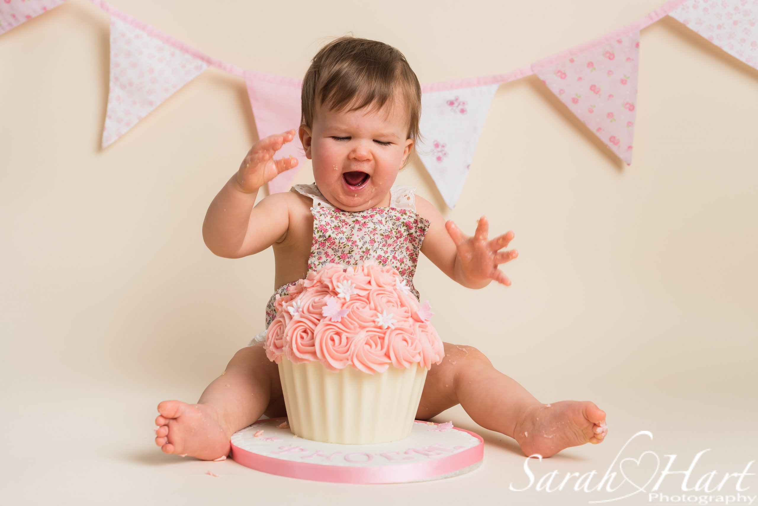 cake time! #iamone, cake smash fun, kent baby photography