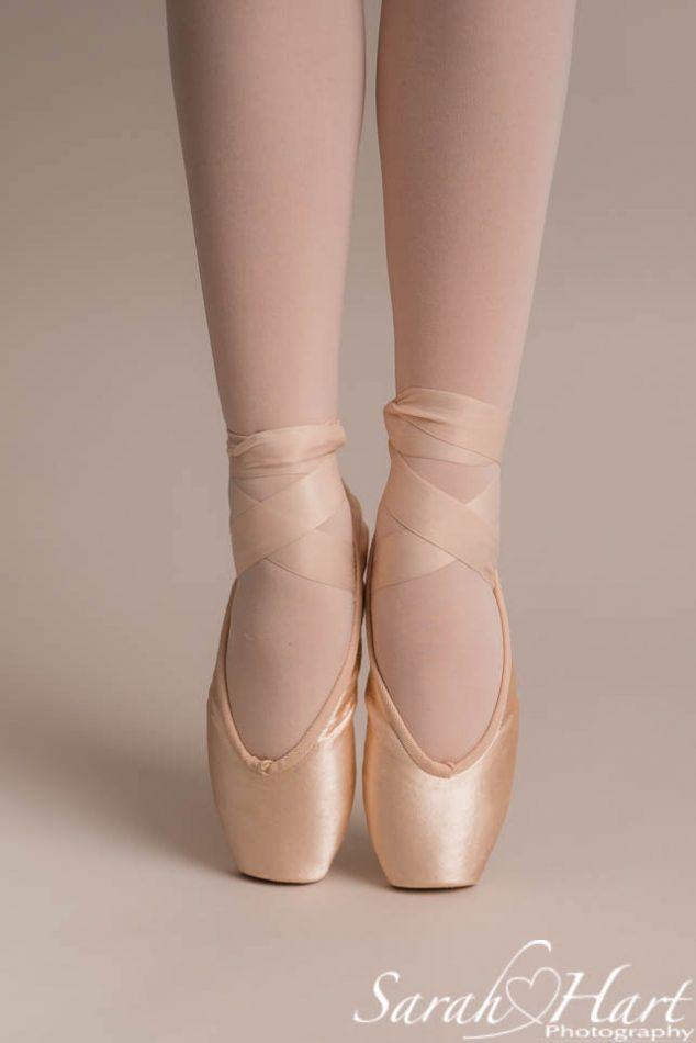 ballerina enpointe, ballet photoshoot tonbridge