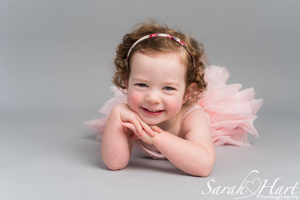 baby ballerina in tutu, tonbridge photographer