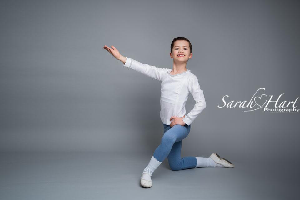 boy in ballet pose, tunbridge wells dance photography