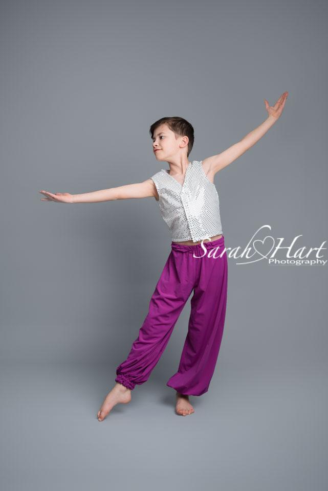 boys modern dance routine, dancer photoshoot tonbridge