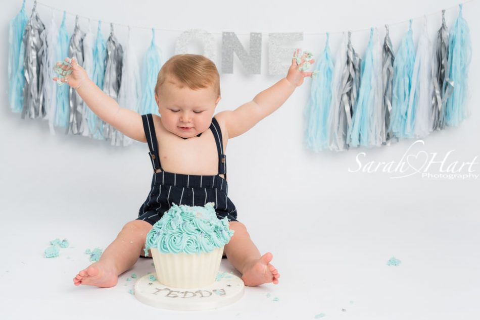 baby boy at his first birthday cake smash session maidstone