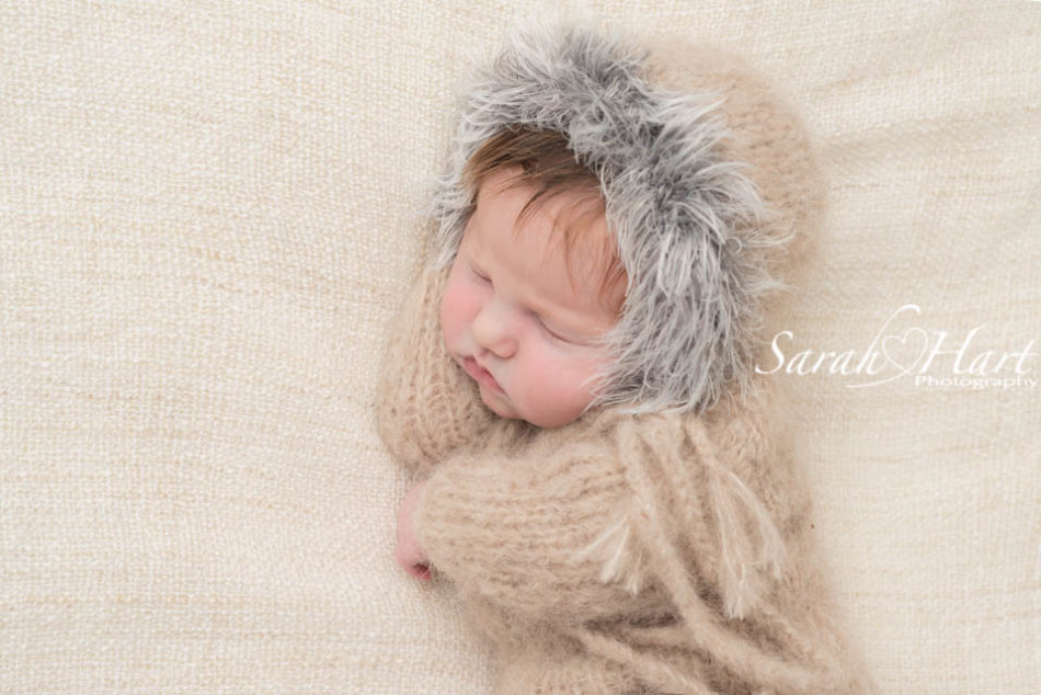 cute, baby Eskimo outfit, best tunbridge wells newborn photographer