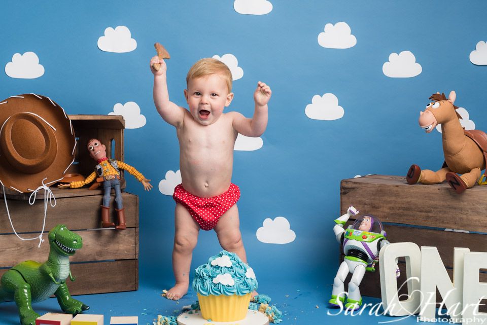 Kent cake smash photography, toy story theme