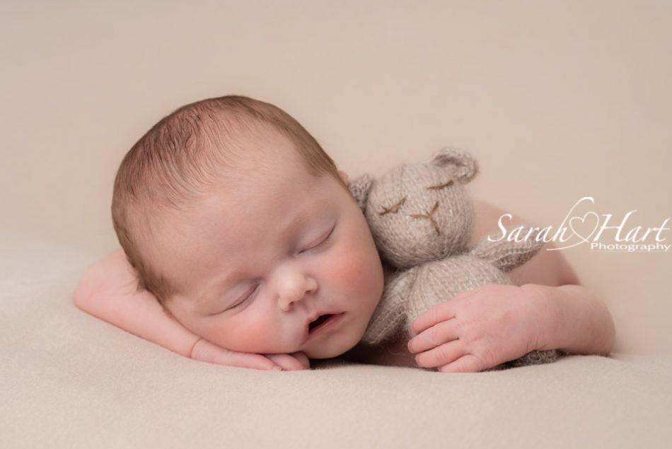 beautiful newborn photography better than a mobile photo