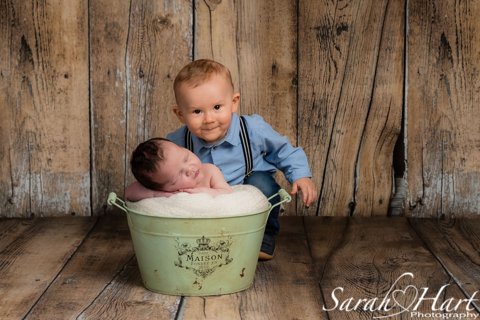 sibling images, Tonbridge newborn photography
