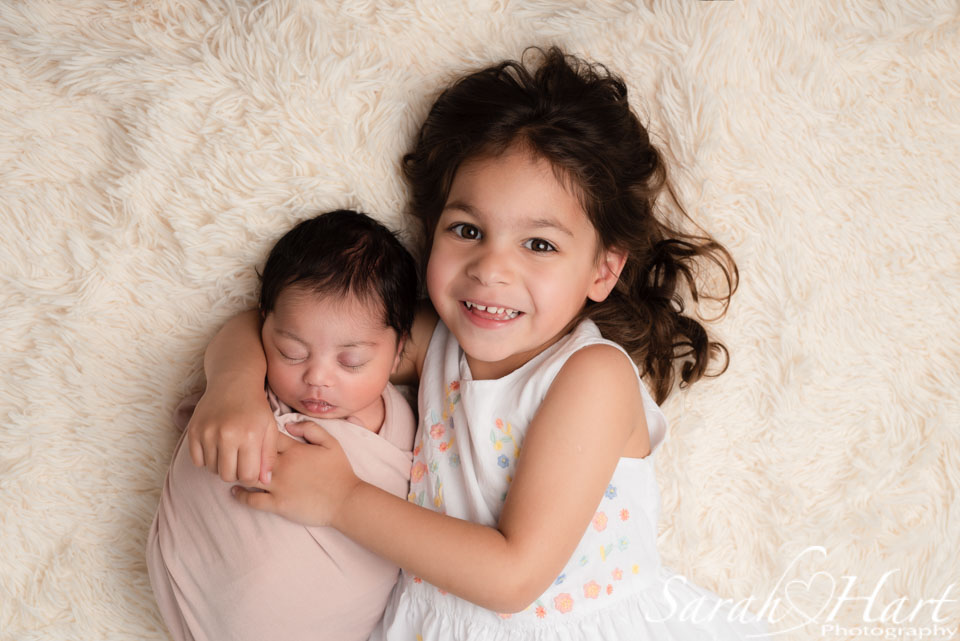 sibling and newborn, best newborn pictures kent