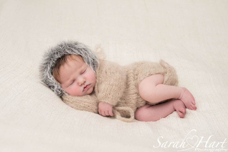 eskimo newborn outfit, newborn photography tunbridge wells