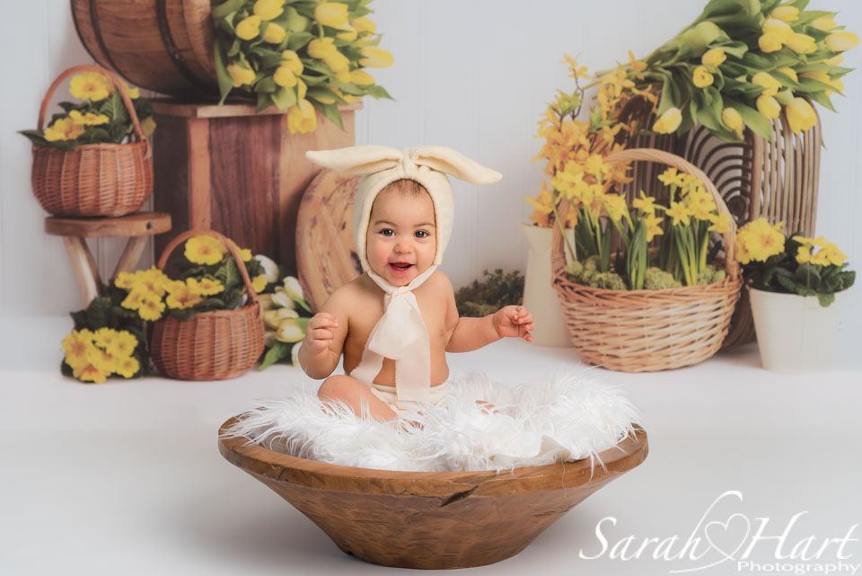 photographer near me baby photoshoots, girl in bunny outfit