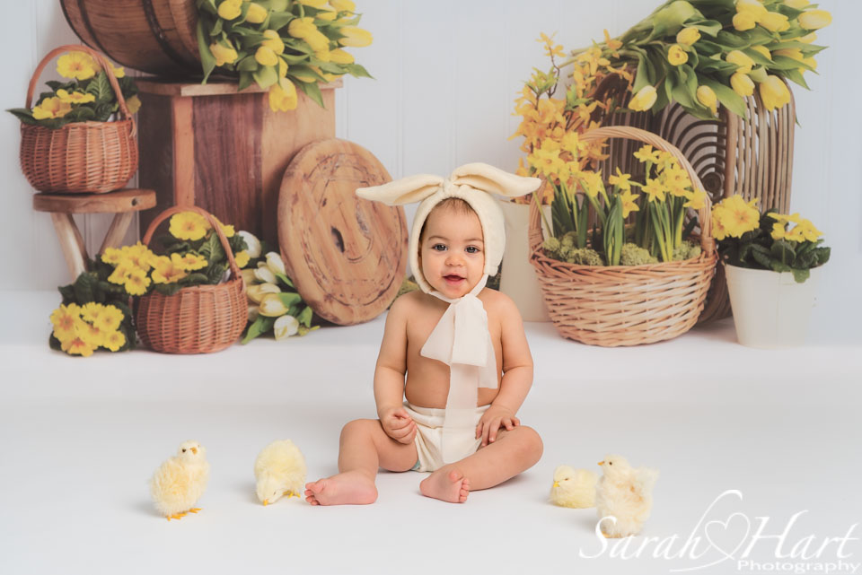 spring mini photoshoot, girl in bunny outfit, sevenoaks photographer