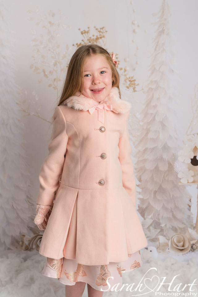 Xmas themed mini photoshoot, girl in winter coat, kent photography