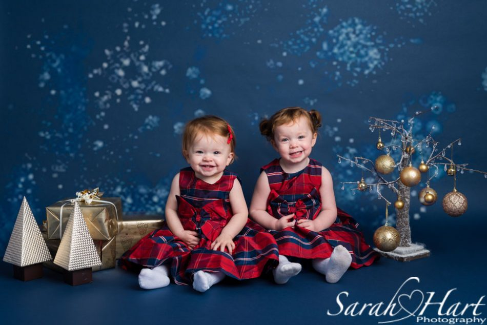 little girls at an Xmas photography session, Kent photographer