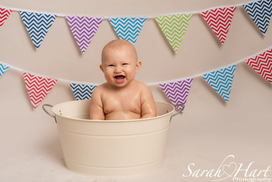 Tub time after a cake smash at Sarah Hart Photography
