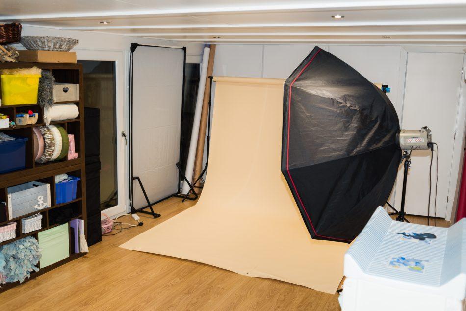 Shooting area inside the Tonbridge photography studio of newborn photographer Sarah Hart